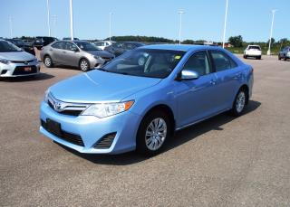 Used 2012 Toyota Camry Hybrid for sale in Renfrew, ON
