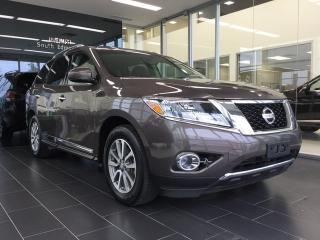 Used 2015 Nissan Pathfinder SL, One Owner, Accident Free for sale in Edmonton, AB