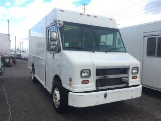 Used 2002 Freightliner MT45 14 FT for sale in Mississauga, ON