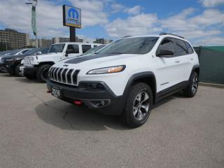 Used 2016 Jeep Cherokee Trailhawk - Back up cam, remote start, sat radio for sale in London, ON