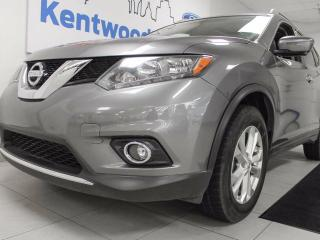 Used 2016 Nissan Rogue Rogue SV AWD with twin panel moonroof, heated seats, power lifgate, and front and back camera view for sale in Edmonton, AB
