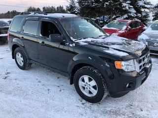 Used 2010 Ford Escape XLT, V-6, AWD, no rust for sale in Hornby, ON