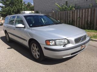 Used 2003 Volvo V70 CLEAN BODY for sale in Scarborough, ON