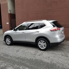 Used 2015 Nissan Rogue SV AWD CVT for sale in Surrey, BC