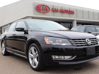 Used 2012 Volkswagen Passat 2.5 HIGHLINE, SUNROOF, NAVI, HEATED SEATS, LEATHER for sale in Edmonton, AB