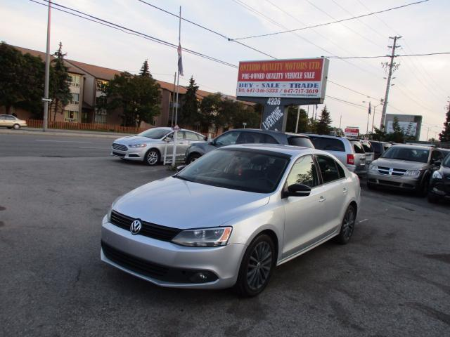 2011 Volkswagen Jetta 2.0l highline leather