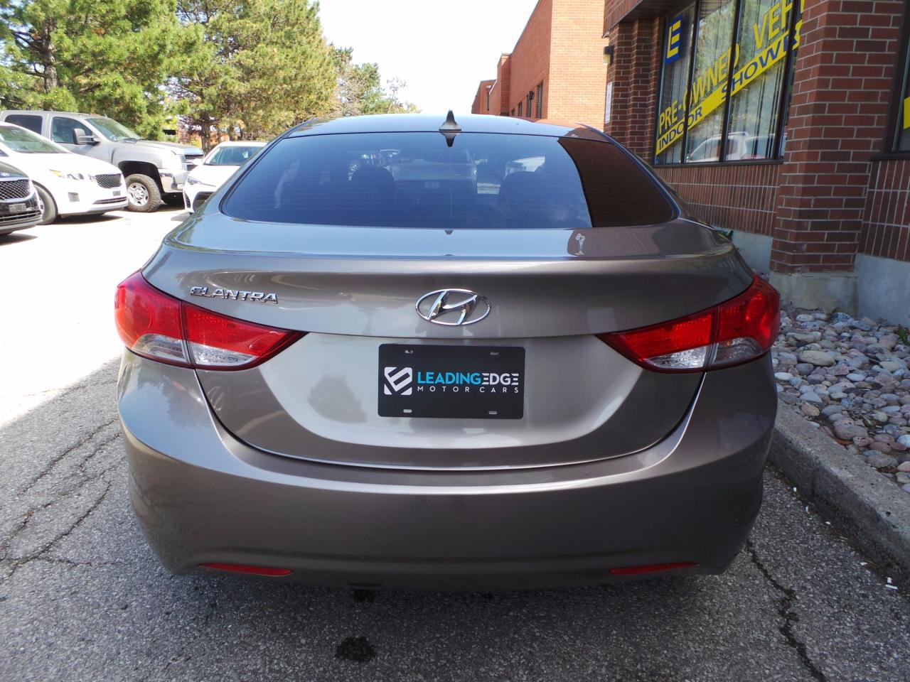 used 2013 hyundai elantra gls sunroof bluetooth heated. Black Bedroom Furniture Sets. Home Design Ideas