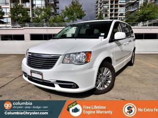 Used 2016 Chrysler Town & Country Touring-L for sale in Richmond, BC