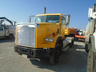 Used 2005 Freightliner CONVENTIONAL FLD12 for sale in Innisfil, ON