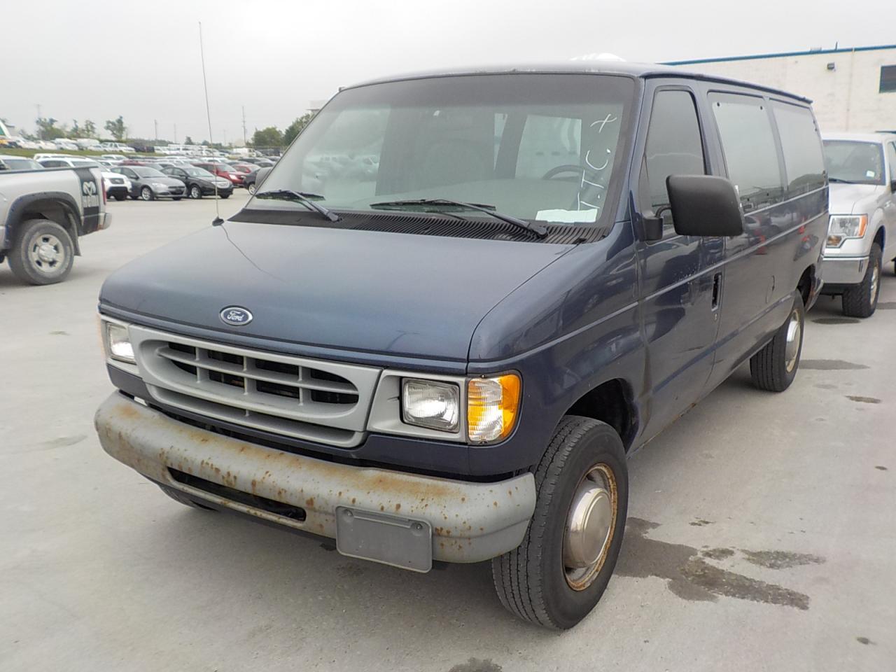 Photo of Blue 1998 Ford E250