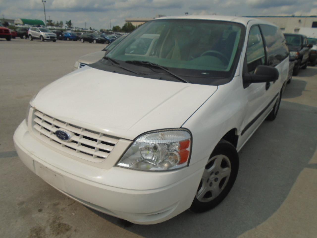 Photo of White 2006 Ford Freestar