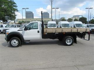 Used 2016 Ford F-550 4x4 diesel with /without 12 ft flat deck for sale in Richmond Hill, ON