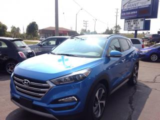 Used 2017 Hyundai Tucson SE AWD, leather, panoramic sunroof! for sale in Brantford, ON
