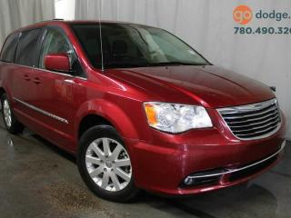 Used 2014 Chrysler Town & Country Touring / Rear Back Up Camera for sale in Edmonton, AB