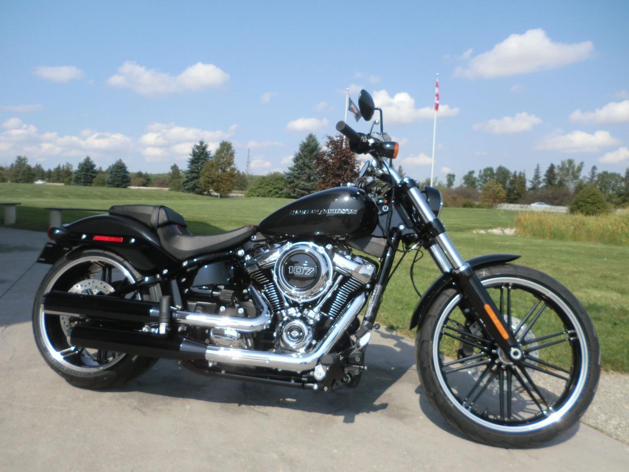 2018 Harley-Davidson Softail FXBR SOFTAIL BREAKOUT