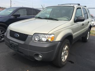 Used 2005 Ford Escape XLT for sale in Burlington, ON