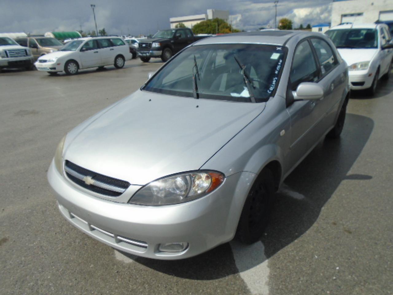 Photo of Silver 2007 Chevrolet OPTRA (CANADA) 5