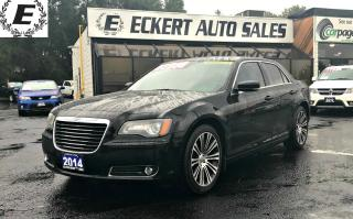 Used 2014 Chrysler 300 300S NAV/SUNROOF/LEATHER for sale in Barrie, ON