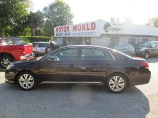 Used 2011 Toyota Avalon XLS for sale in Scarborough, ON