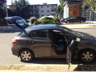 Used 2009 Toyota Matrix gray for sale in Victoria, BC
