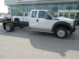 Used 2013 Ford F-550 Ext cab 4x4 gas cab & chassis for sale in Richmond Hill, ON
