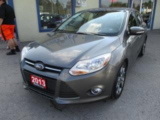 Used 2013 Ford Focus LOADED SE MODEL 5 PASSENGER 2.0L - DOHC.. LEATHER.. HEATED SEATS.. POWER SUNROOF.. SYNC TECHNOLOGY.. for sale in Bradford, ON