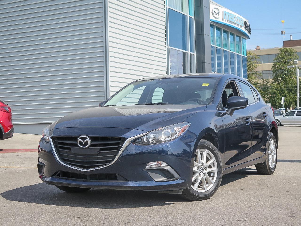 2014 Mazda MAZDA3 GS SKY HEATED SEATS 0.65% FINANCE!!!