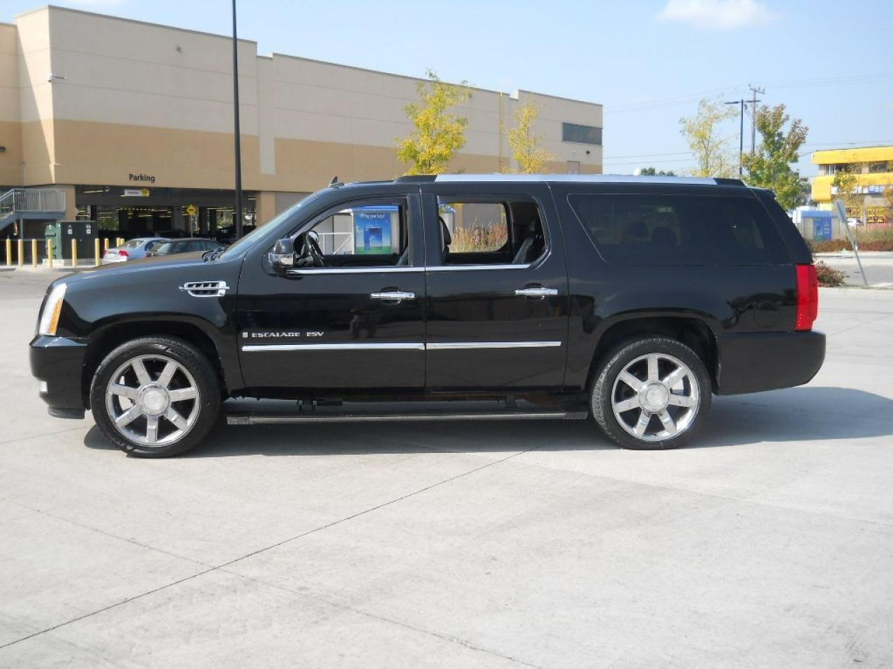 2008 Cadillac Escalade ESV PLATINUM, AWD,DVD, Leather, Sunroof,Top of