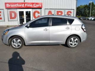 Used 2010 Pontiac Vibe Front-wheel Drive Hatchback for sale in Brantford, ON