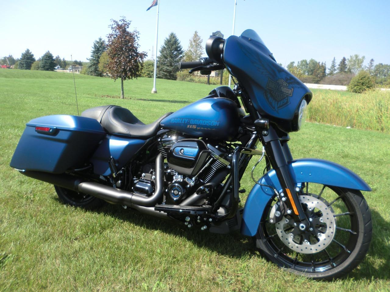 New 2018 Harley Davidson Street Glide Flhxs Anx 115th