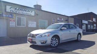Used 2013 Nissan Altima 2.5 S--56MPG-1 OWNER OFF LEASE-LOADED for sale in Tilbury, ON
