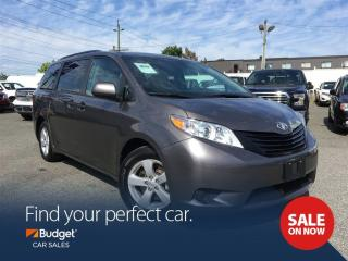 Used 2016 Toyota Sienna Bluetooth, leather Interior, Camera for sale in Vancouver, BC