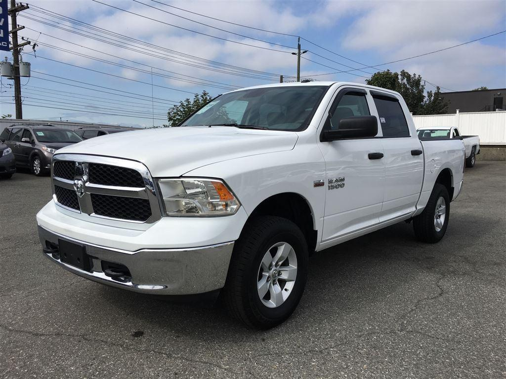 used 2016 dodge ram 1500 crew cab 4x4 bluetooth hemi for sale in vancouver british columbia. Black Bedroom Furniture Sets. Home Design Ideas