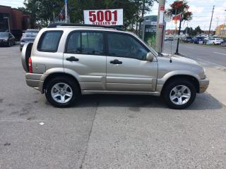 Used 2002 Suzuki Grand Vitara AUTO,AWD,WELL KEPT,SAFETY+3YEARS WARRANTY INCLUDED for sale in North York, ON