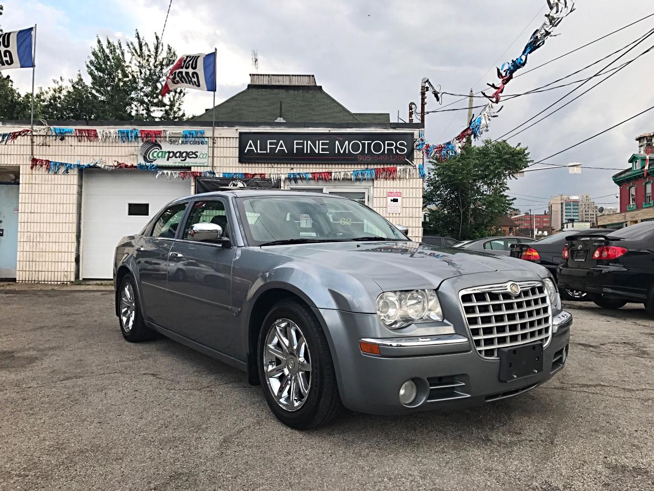 2006 Chrysler 300 C HEMI LOW KM ACCIDENT FREE ((CERTIFIED))