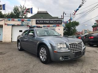 Used 2006 Chrysler 300 C HEMI LOW KM ACCIDENT FREE ((CERTIFIED)) for sale in Hamilton, ON