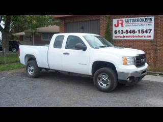 Used 2013 GMC Sierra 2500 HD Ext Cab 4X4 - Only 88,000 Kms! for sale in Elginburg, ON