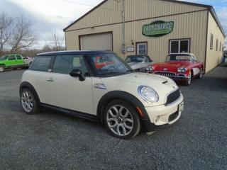 Used 2007 MINI Cooper S PREMIUM PACKAGE for sale in Yarker, ON