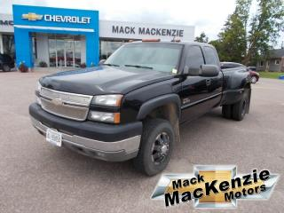 Used 2005 Chevrolet Silverado 3500 LT Extended Cab 4x4 for sale in Renfrew, ON