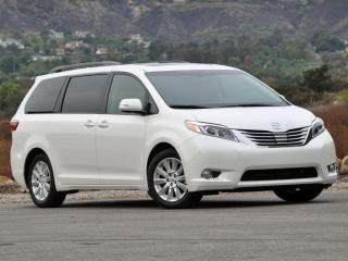 Used 2011 Toyota Sienna Limited, Nav, DVD, Sunroof, He for sale in Winnipeg, MB