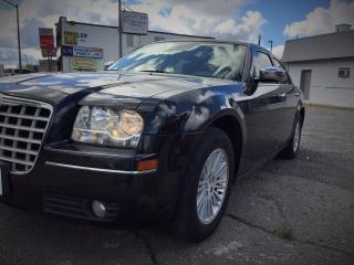 Used 2010 Chrysler 300 Touring  for sale in Niagara Falls, ON