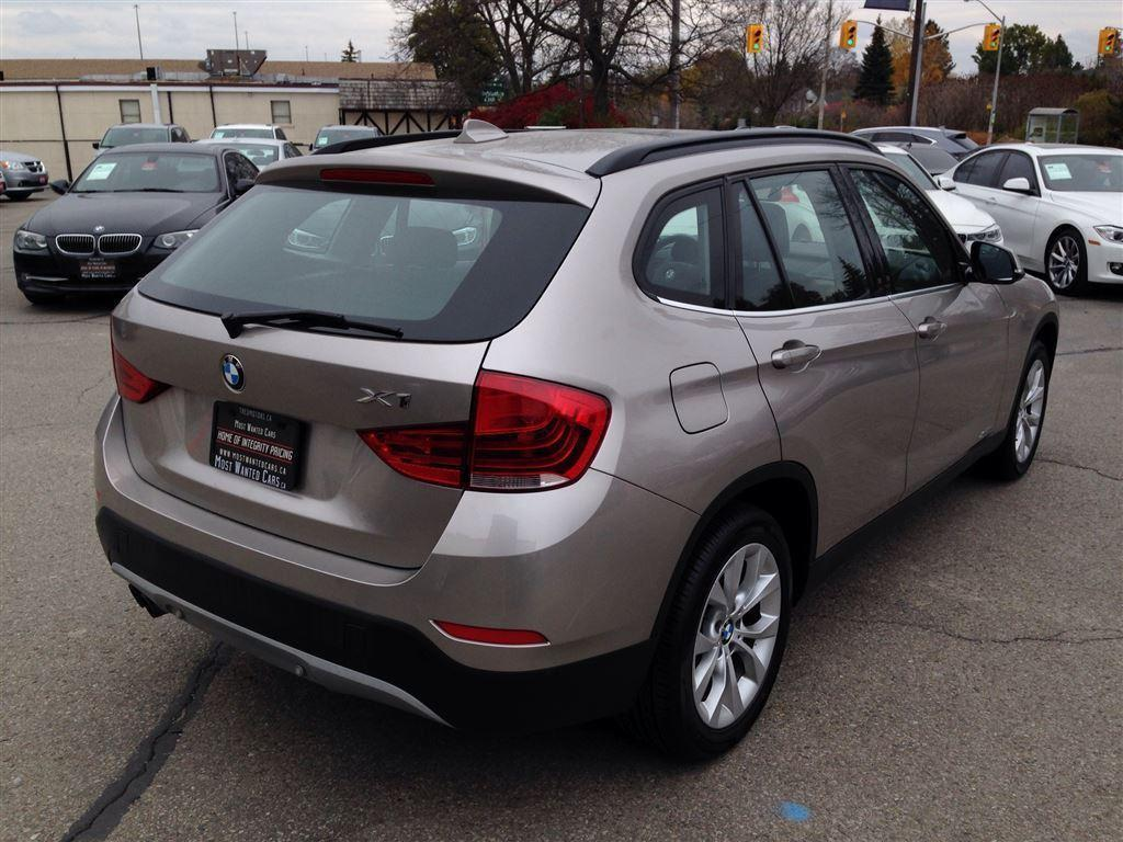 used 2014 bmw x1 xdrive28i 4 new tires pano roof sensors for sale in kitchener ontario. Black Bedroom Furniture Sets. Home Design Ideas