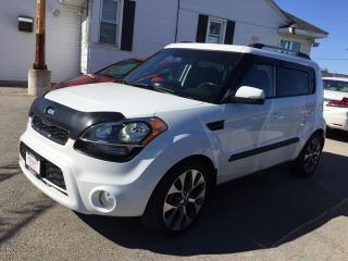 Used 2013 Kia SOUL + * HEATED SEATS * MOONROOF * VOICE COMMAND * USB for sale in London, ON