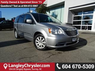 Used 2014 Chrysler Town & Country Touring *ACCIDENT FREE * LOCAL BC CAR * for sale in Surrey, BC