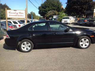 Used 2007 Ford Fusion SE 3.0L V6 ECONOMICAL AND ROOMY for sale in Bradford, ON