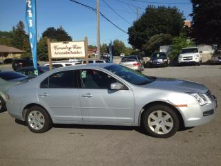 Used 2006 Ford Fusion SE 3.0L V6 NICE LITTLE CAR for sale in Bradford, ON
