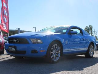 Used 2010 Ford Mustang V6 MANUAL / GLASS ROOF / ALLOYS for sale in Newmarket, ON