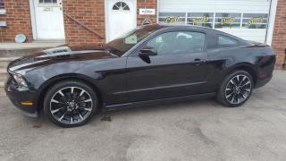 Used 2012 Ford Mustang V6 for sale in Bowmanville, ON