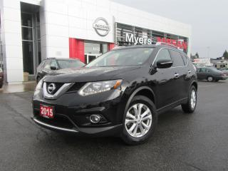 Used 2015 Nissan Rogue SV, INTELLIGENT KEY, BACK UP CAMERA, HEATED SEATS, PANORAMIC ROOF for sale in Orleans, ON