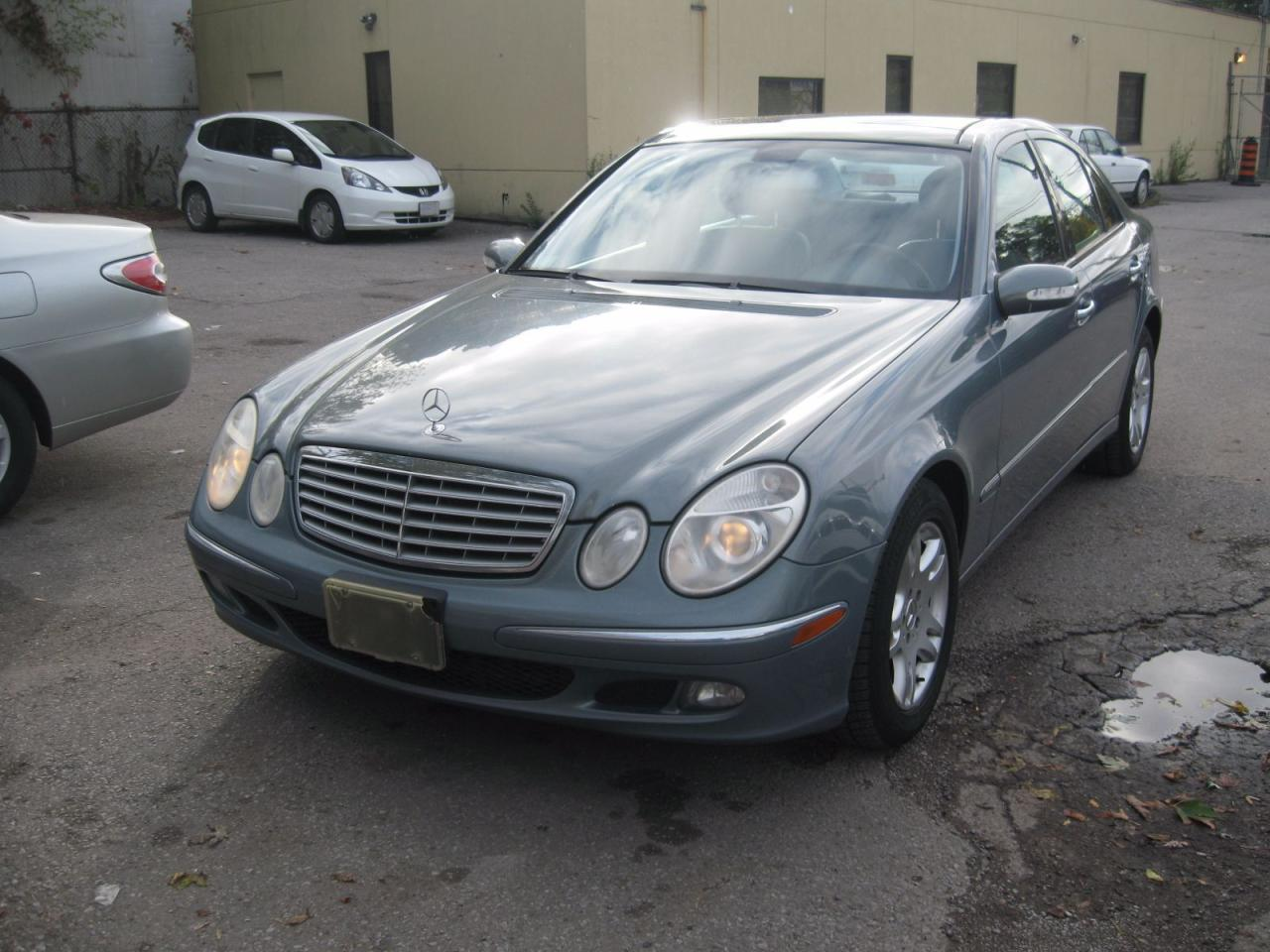 Used 2006 mercedes benz e350 3 5l 4matic for sale in for Mercedes benz scarborough